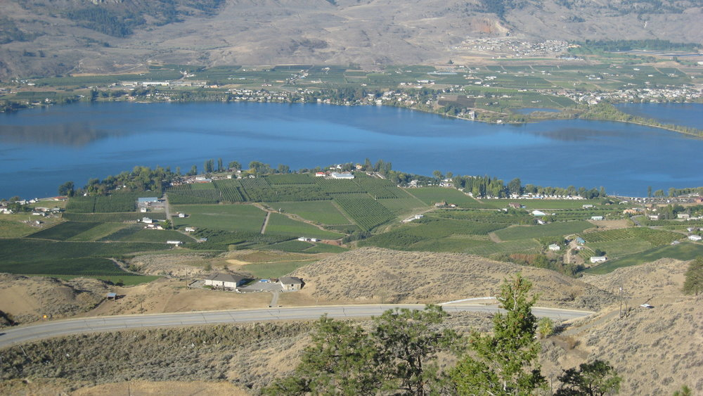 Lake Osoyoos and the desert scenery around it, BC, Canada