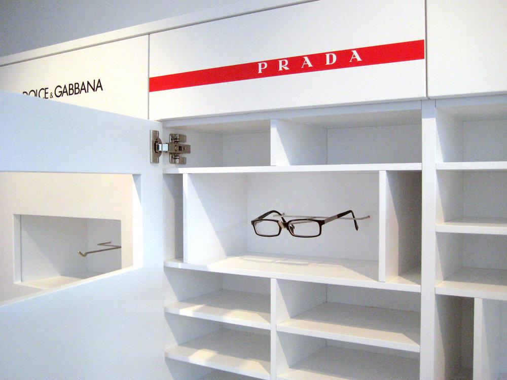 Maßanfertigung-Shop-Brillen.jpg