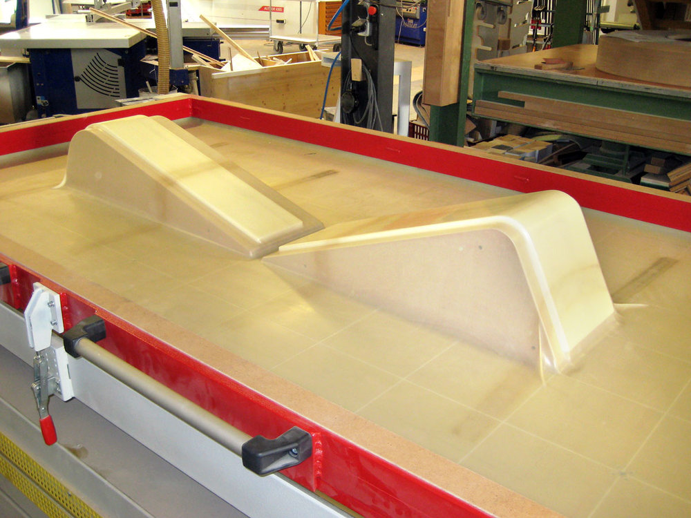 Vakuum-Presse-Geys-Möbelwerkstatt.jpg