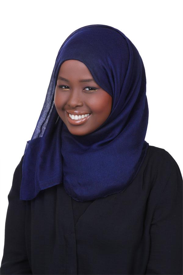 Manar Ahmed  UK