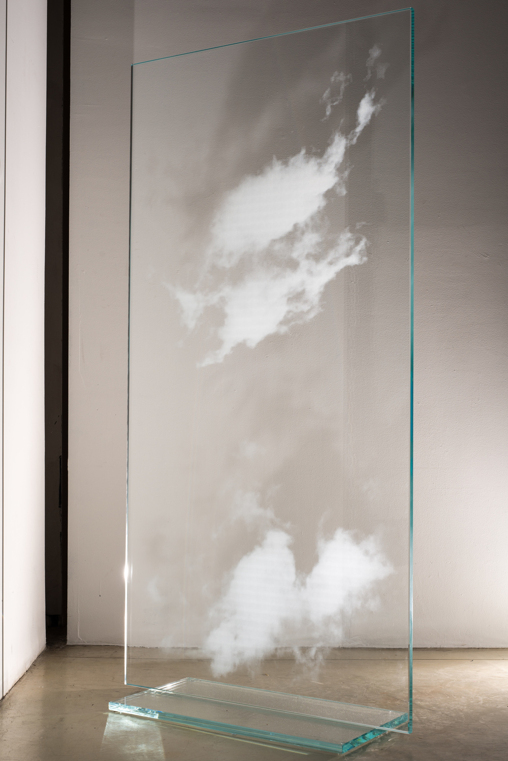 "KUMO (CLOUD)  60"" x 30"" x 2"", Glass (SIDE VIEW), 2016"