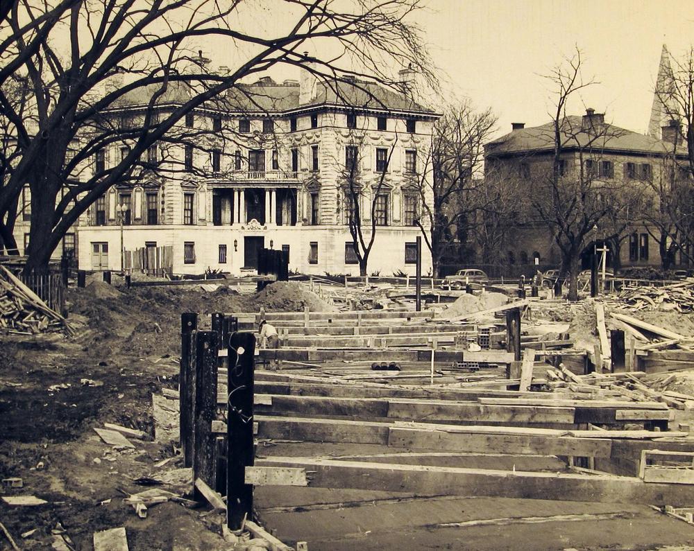 ConstructionPattersonHouse1947.jpg