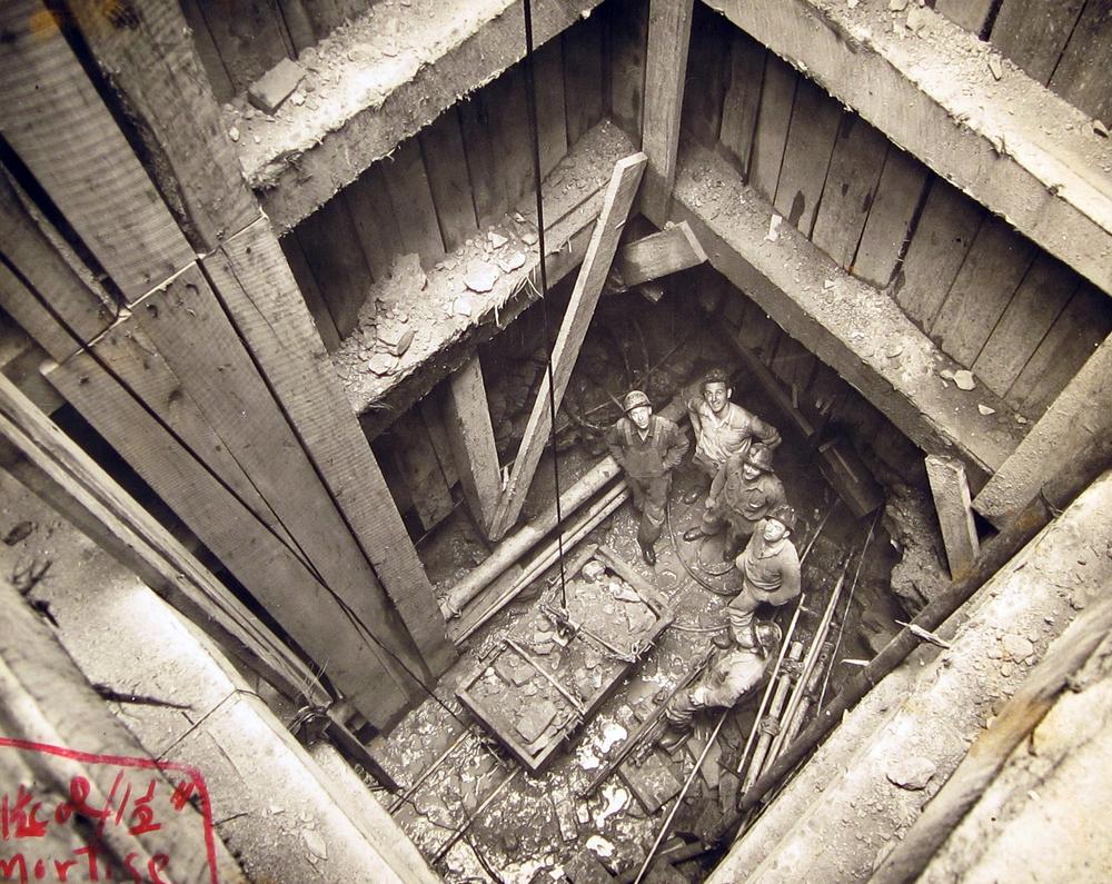 WorkersinShaft.jpg