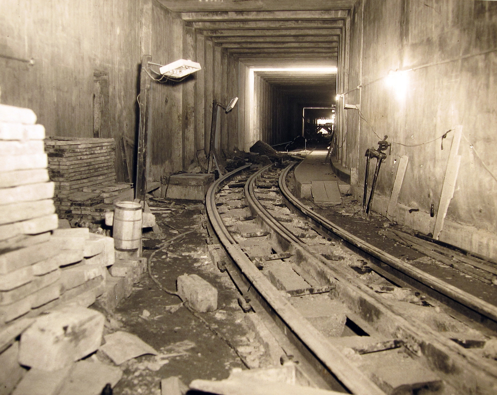 TunnelConstruction2.jpg