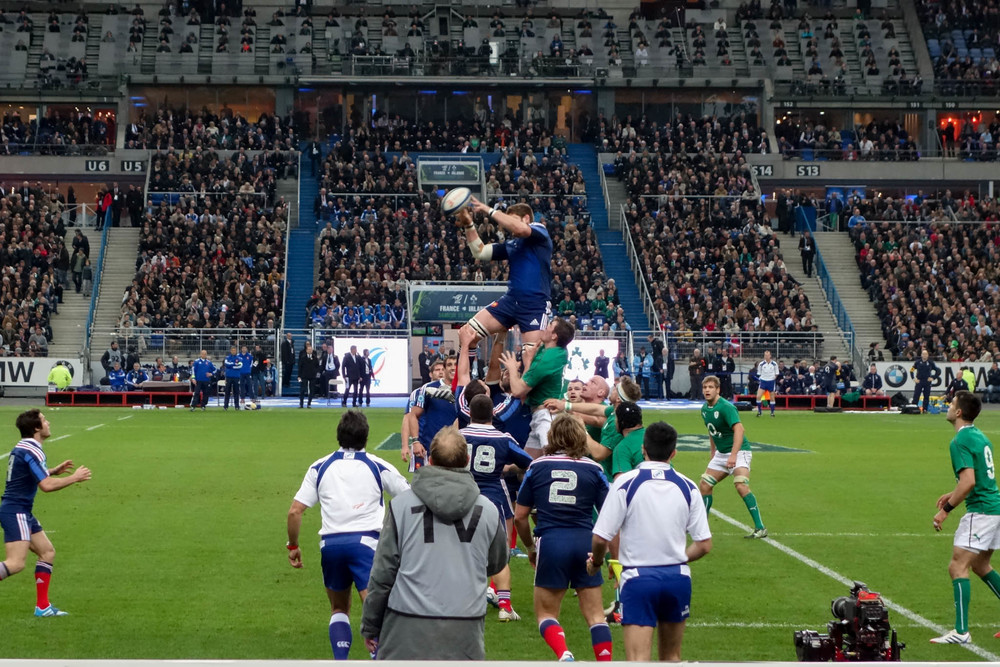 6 Nations - France v Italy 2014 - France takes lineout.jpg