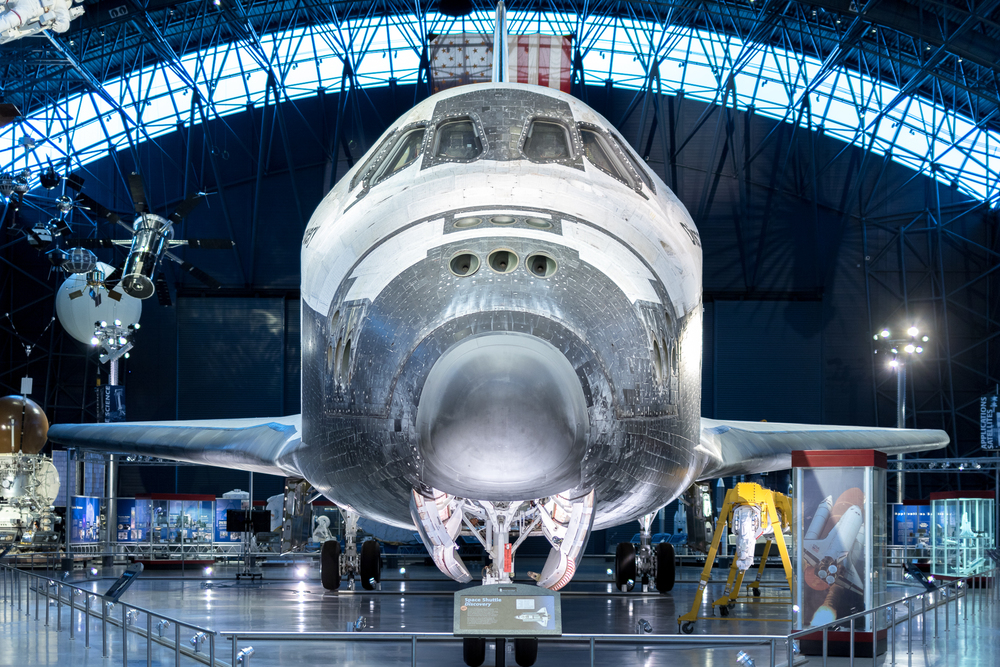 "Space Shuttle Discovery ""OV-103"" at Steven F. Udvar-Hazy Center"