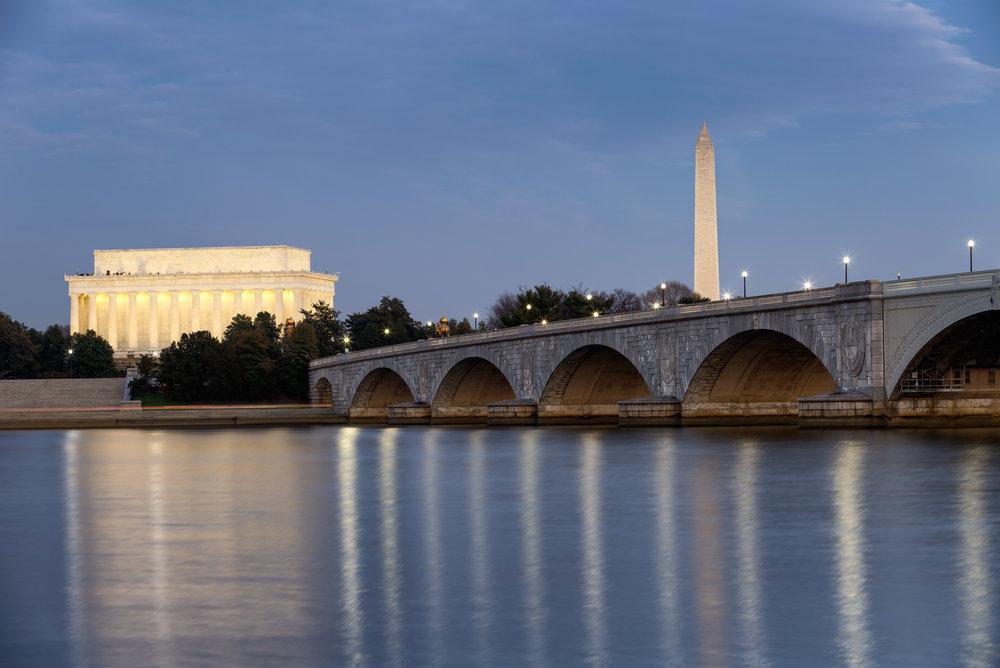 Arlington Memorial Bridge leading to Lincoln Memorial and Washington Monument