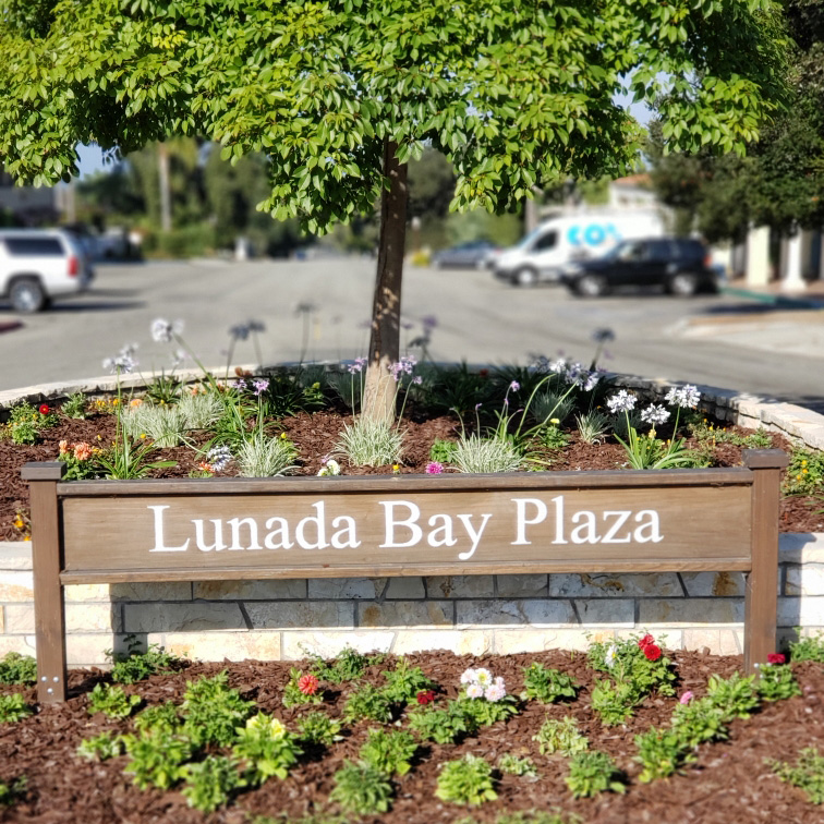 Welcome to Lunada Bay Plaza