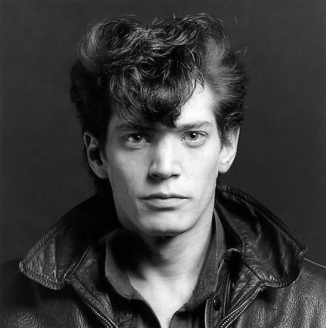 Robert Mapplethorpe self portrait.jpg