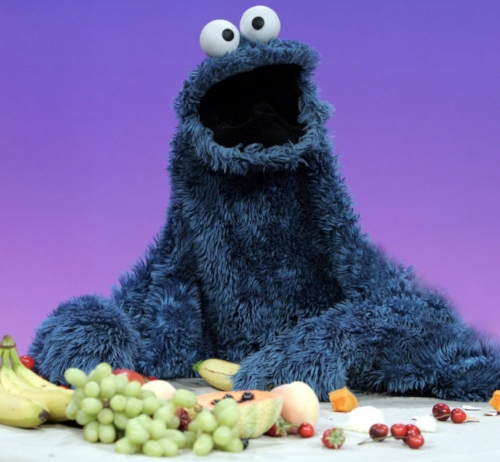 https://www.washingtonpost.com/news/parenting/wp/2015/07/14/did-you-know-cookie-monster-eats-carrots-now/?utm_term=.6d0666637cab