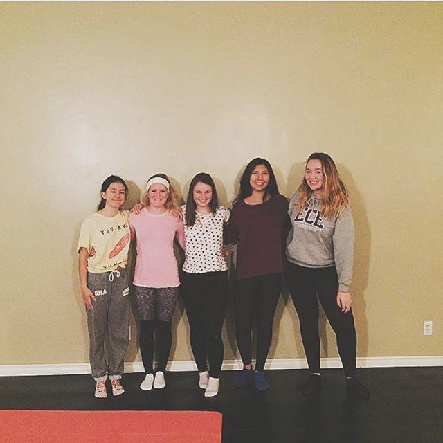 Shout out to Girlvana teacher Kelsey for empowering prairie girls! If you are a teen in Winnipeg check out @popuppranawpg for more details! #girlvana #girlvanatt #winnipeg