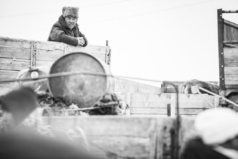 Gaudenz Danuser-Karakol, Kyrgyzstan-110304-04-33-33.jpg
