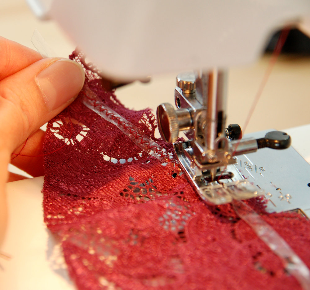 tutorial: how to cut lace www.studiocostura.com
