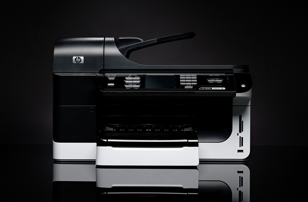 Sleek and modern HP Printer, Scanner and Copier on black
