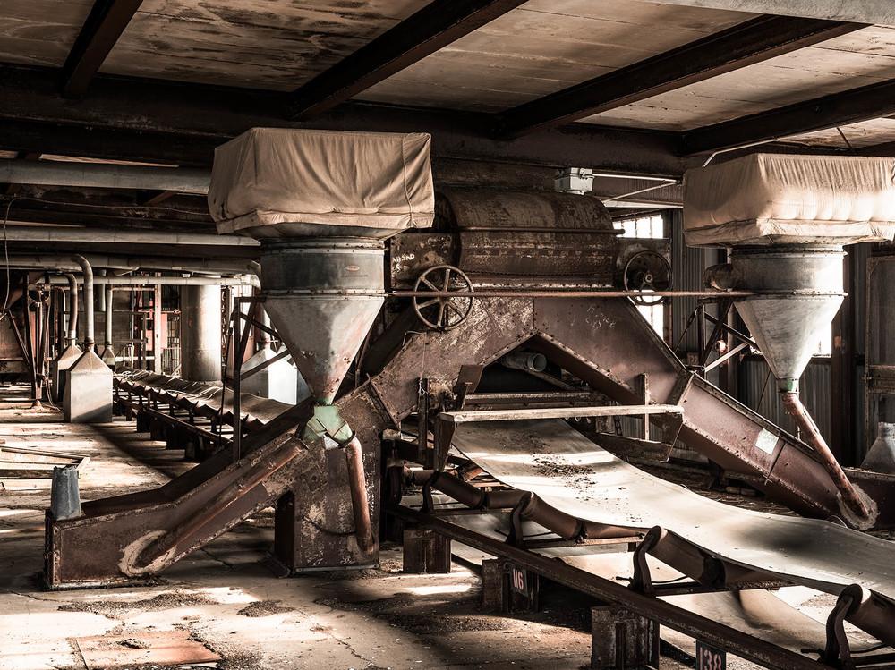 Silo City American Annex abandoned grain machines