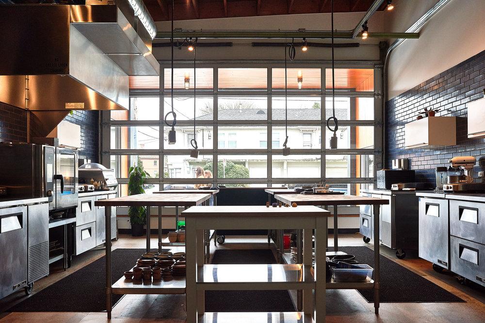 DinaAvila_NomadDSC_kitchen overhead .jpg