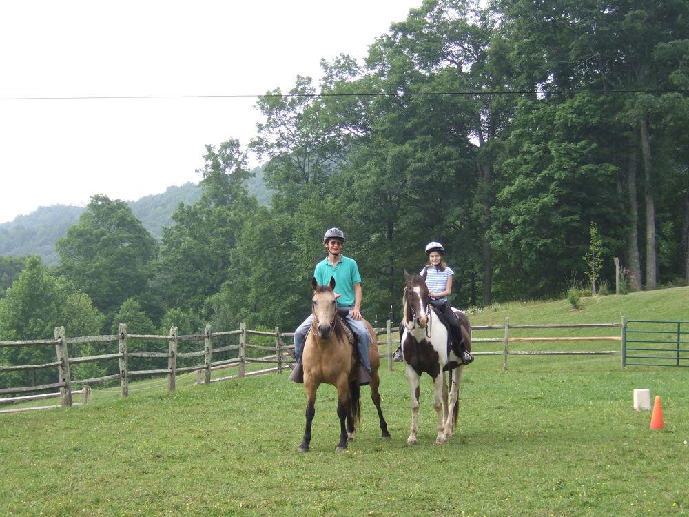 Horses_Riding4.jpg