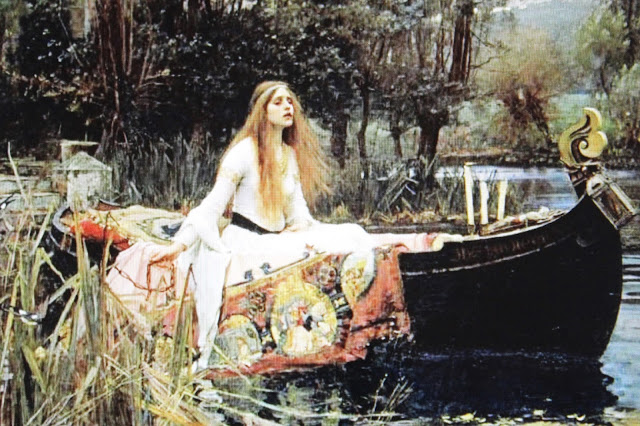 tennysons the lady of shalott essay Tennyson's 1832 poem, the lady of shalott, found itself born again in its revised state after tennyson's ten year silent period.
