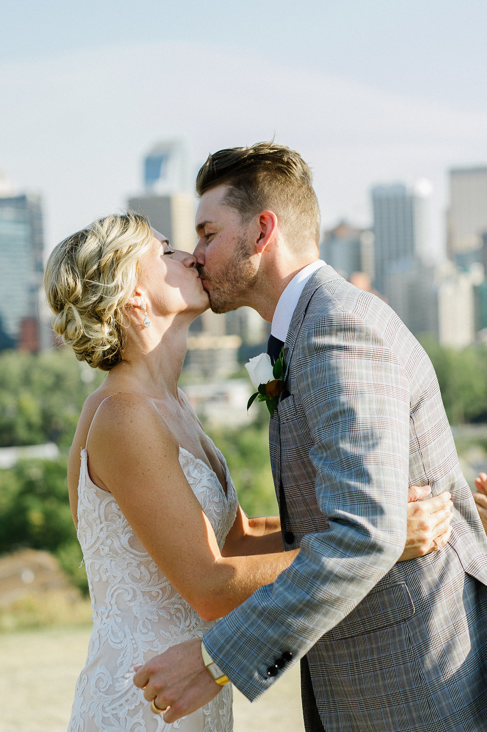 Calgary_Wedding_Photography_Melanie_Jeremy_Elopement_2017 0100.jpg