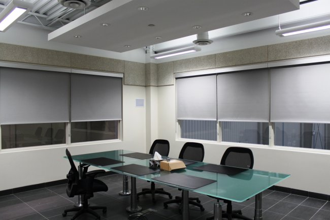 modern-commercial-blinds-and-window-coverings-19.jpg