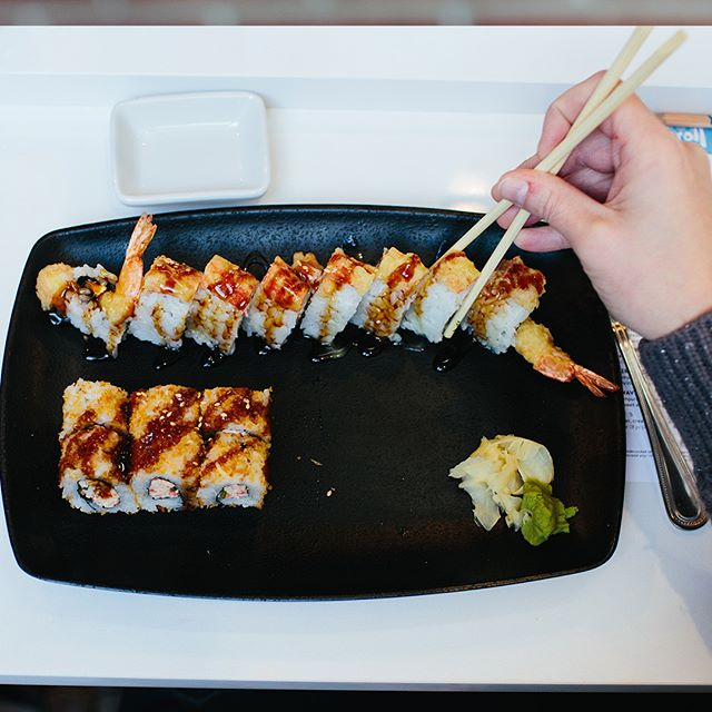 You had me at sushi 😍 . . . #FlagshipCommons #FoodHall #YumRoll #WestroadsMall #Omaha