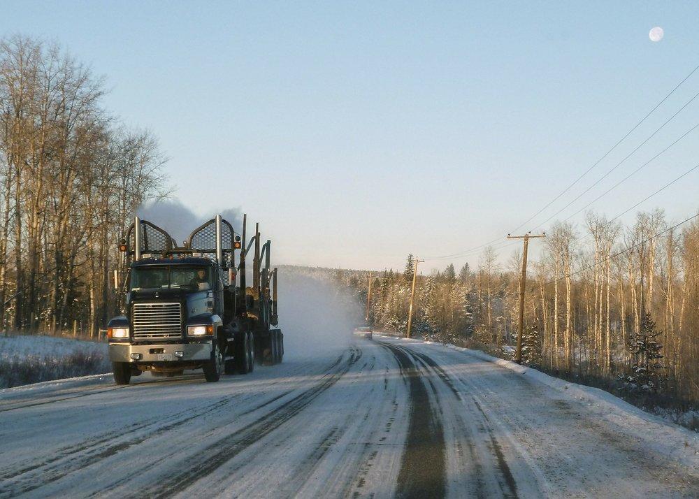 logging-truck-328835_1920.jpg