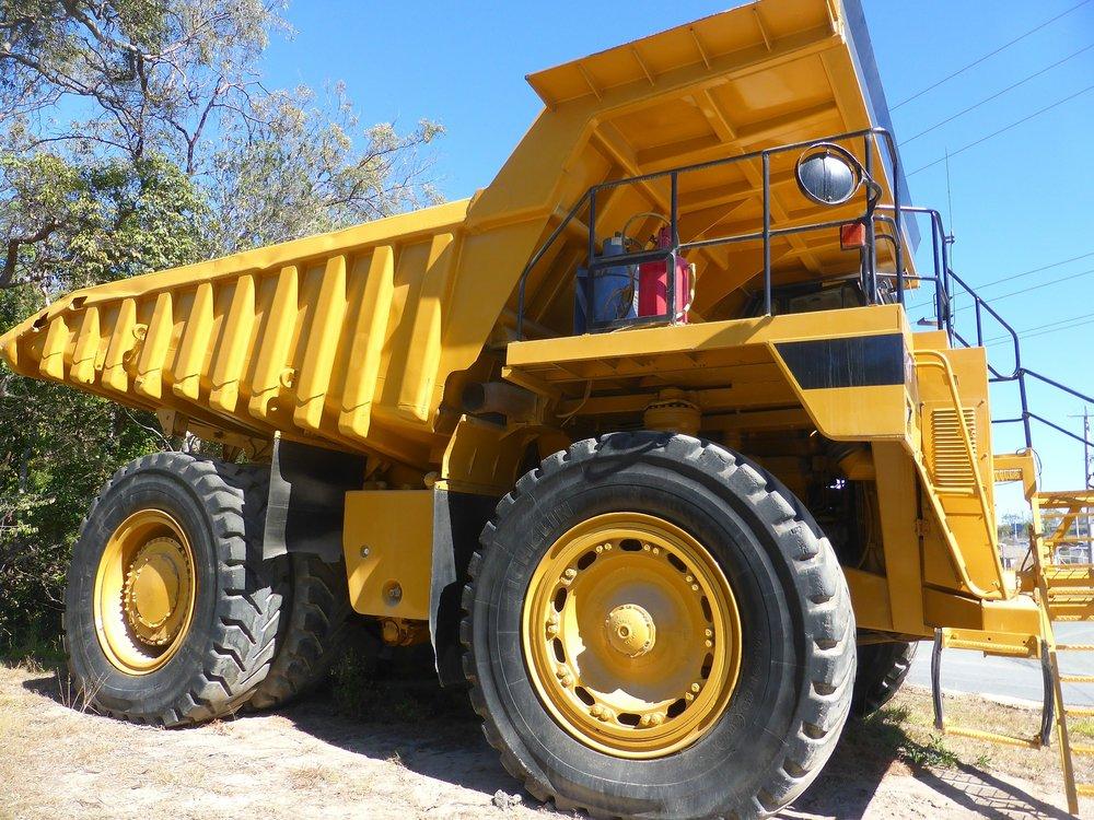 truck-417149_1920.jpg