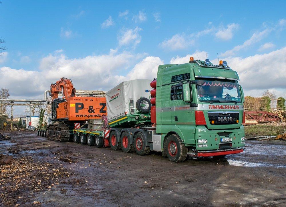 truck-1078680_1920.jpg