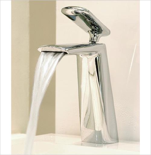 iconic-faucet-designs-fir-italia-dynamica-cascade-10.jpg