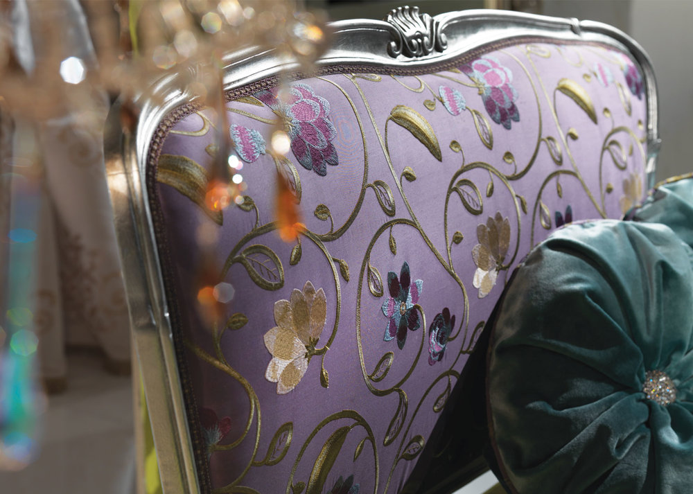 2_Широкое кресло классика Romantic Caspani Tino il Tempo Киев.jpg