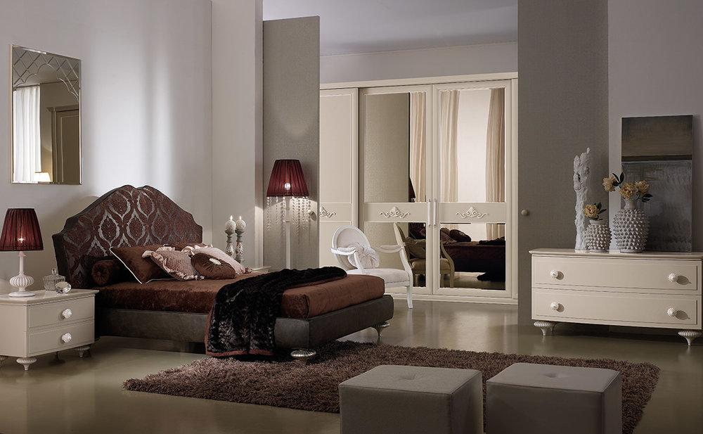 3_Кровать и шкаф классика Италия Ferretti&Ferretti il Tempo Киев.jpg