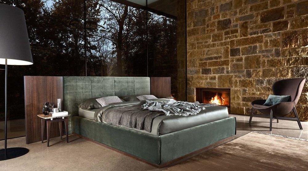 2_Кровать с панелями современный стиль Grandangolo Ditre il Tempo Киев.jpg