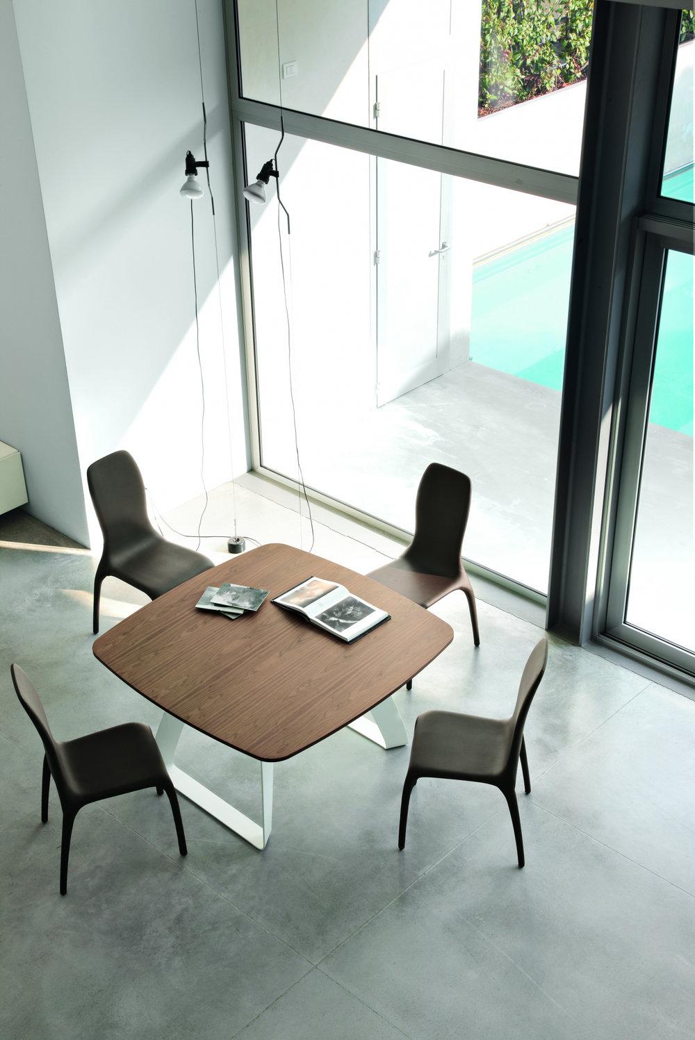 2_Стол деревянный квадратный Brenta Tonin il Tempo Киев.jpg