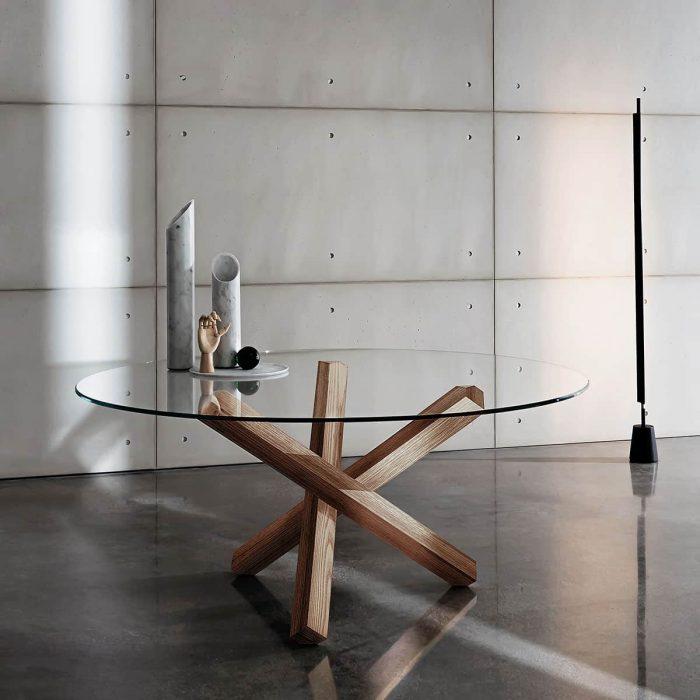 aikidio-glass-dining-table-3-700x700.jpg