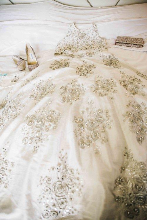 wedding dress bridal videography photography vancouver bc.jpg