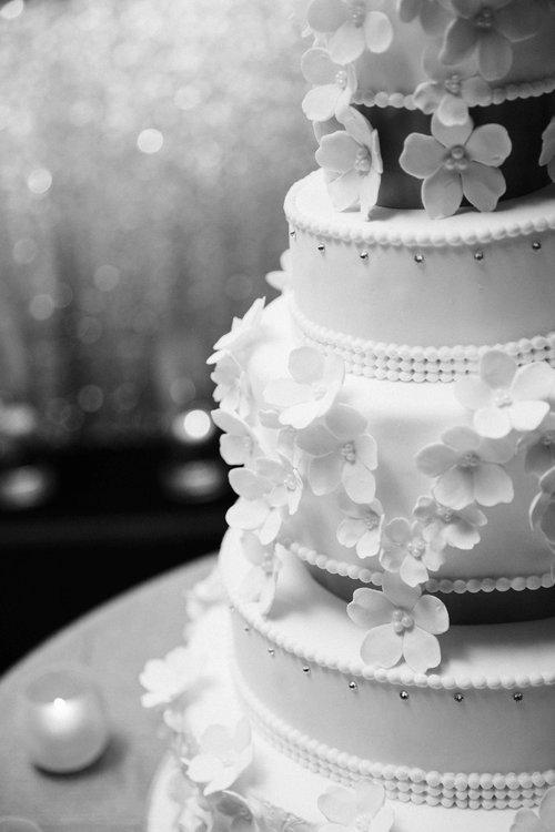 wedding cake photographer.jpg