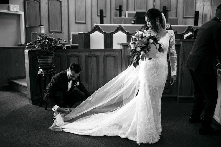 vancouver i need a wedding photographer.jpg