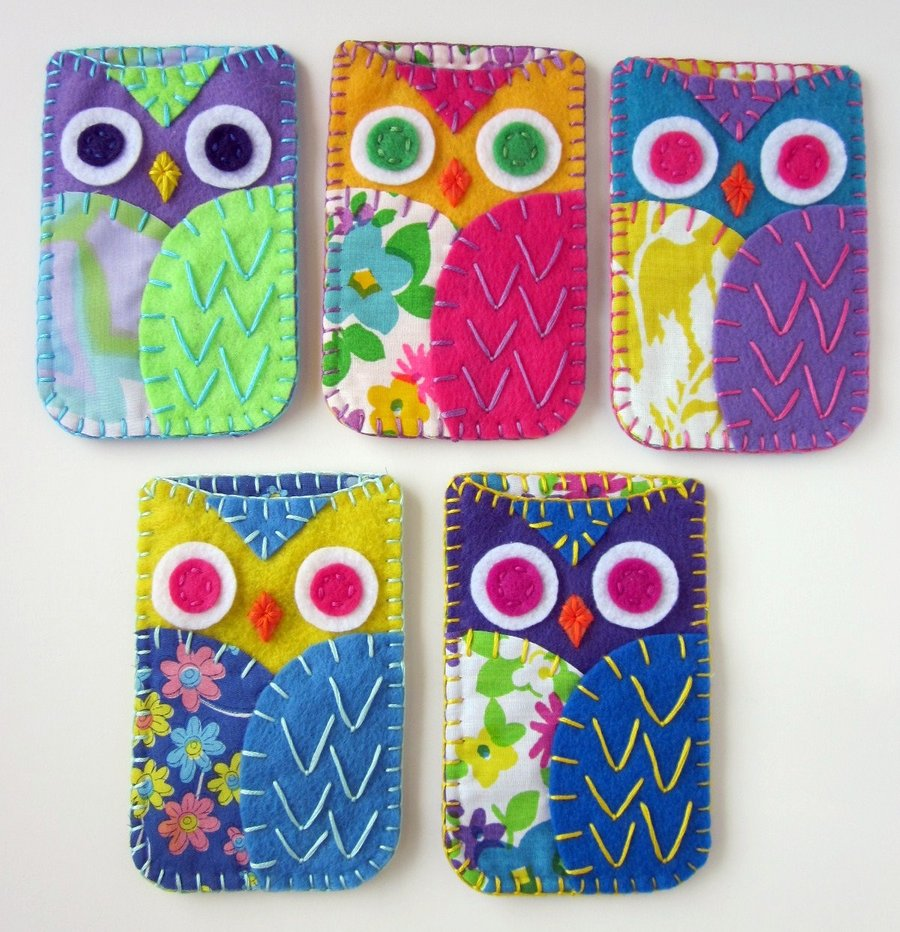 owl_phone_cozies_felt_by_lovarevolutionary-d3ebto7.jpg