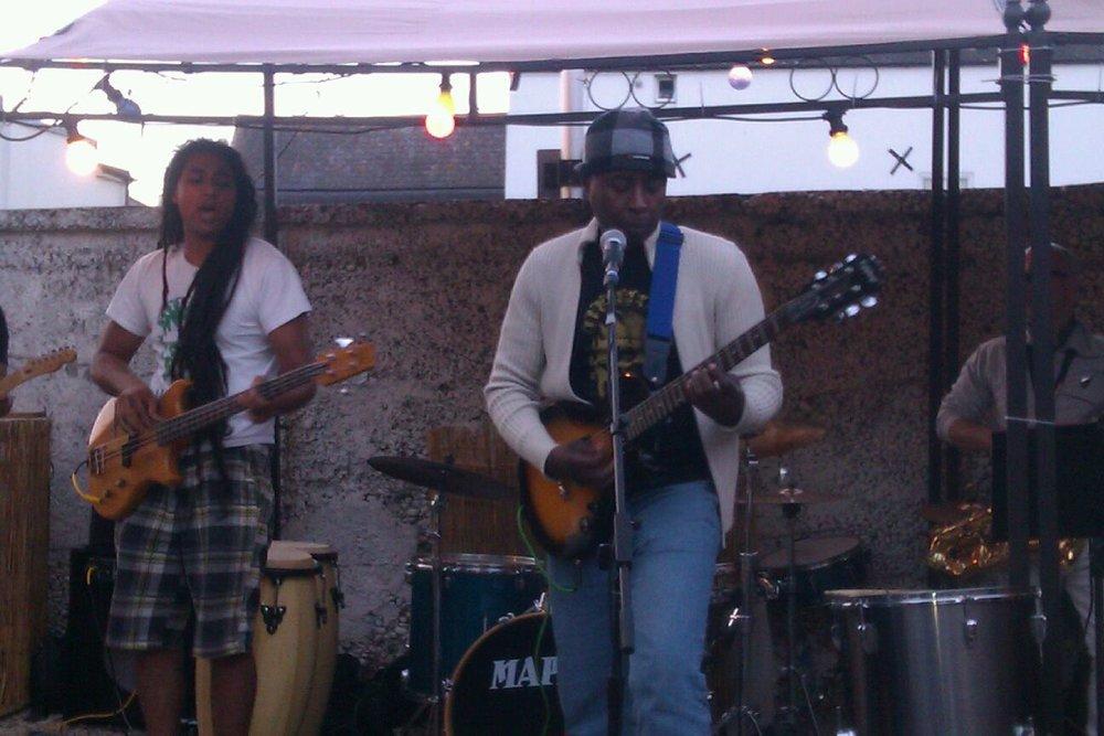 Emeka Elendu - Fela Kuti Band Egypt 80