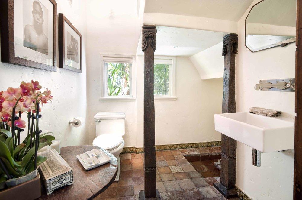 012 bathroom 1750 North Crescent Heights Boulevard Los Angeles Malibu For Sale The Malibu Life Team Luxury Real Estate.jpg