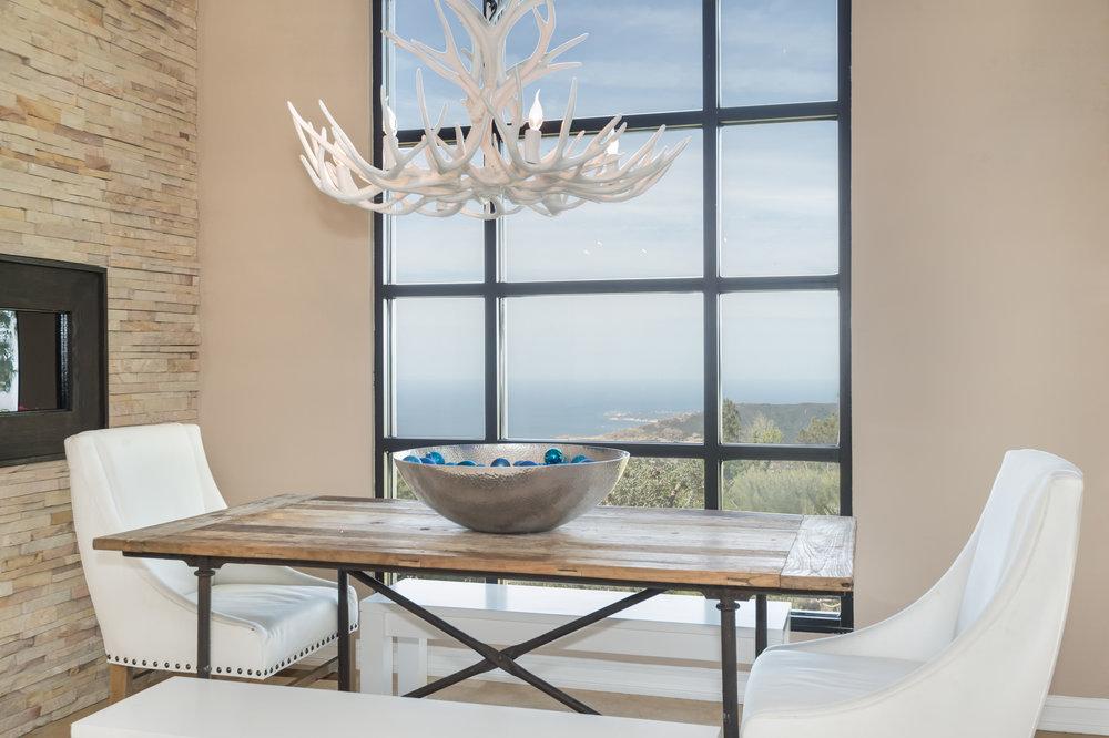 004 kitchen 7214 Loma Metisse Malibu For Sale The Malibu Life Team Luxury Real Estate.jpg