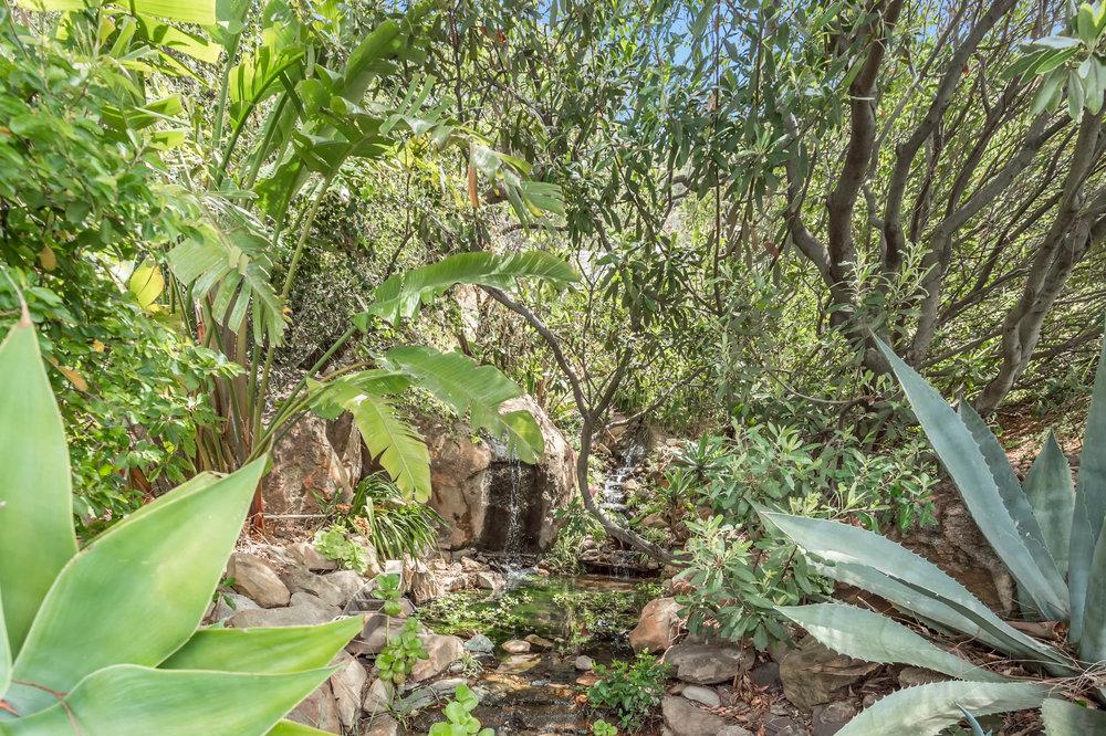 010 pond 2 214 Loma Metisse Malibu For Sale The Malibu Life Team Luxury Real Estate.jpg