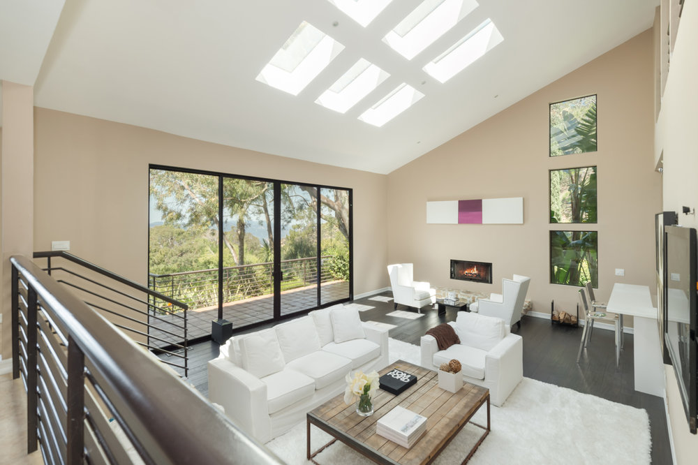 012 living room 3 214 Loma Metisse Malibu For Sale The Malibu Life Team Luxury Real Estate.jpg