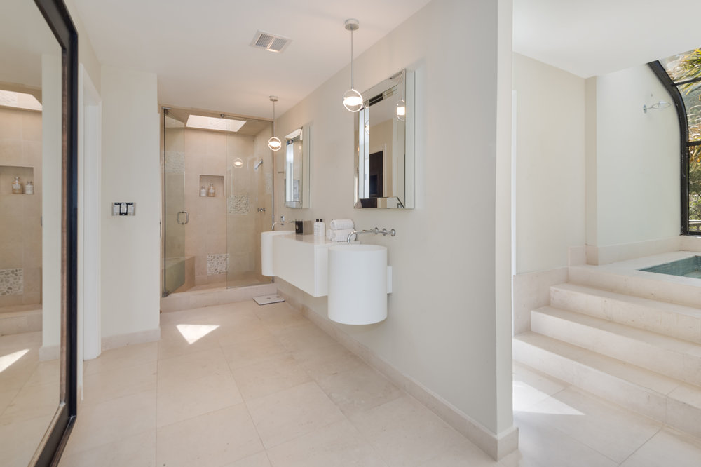 019 master bathroom 3 214 Loma Metisse Malibu For Sale The Malibu Life Team Luxury Real Estate.jpg