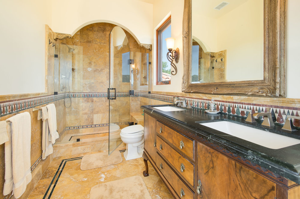 014 Master Bath 26303 Lockwood Road Malibu For Sale Lease The Malibu Life Team Luxury Real Estate.jpg