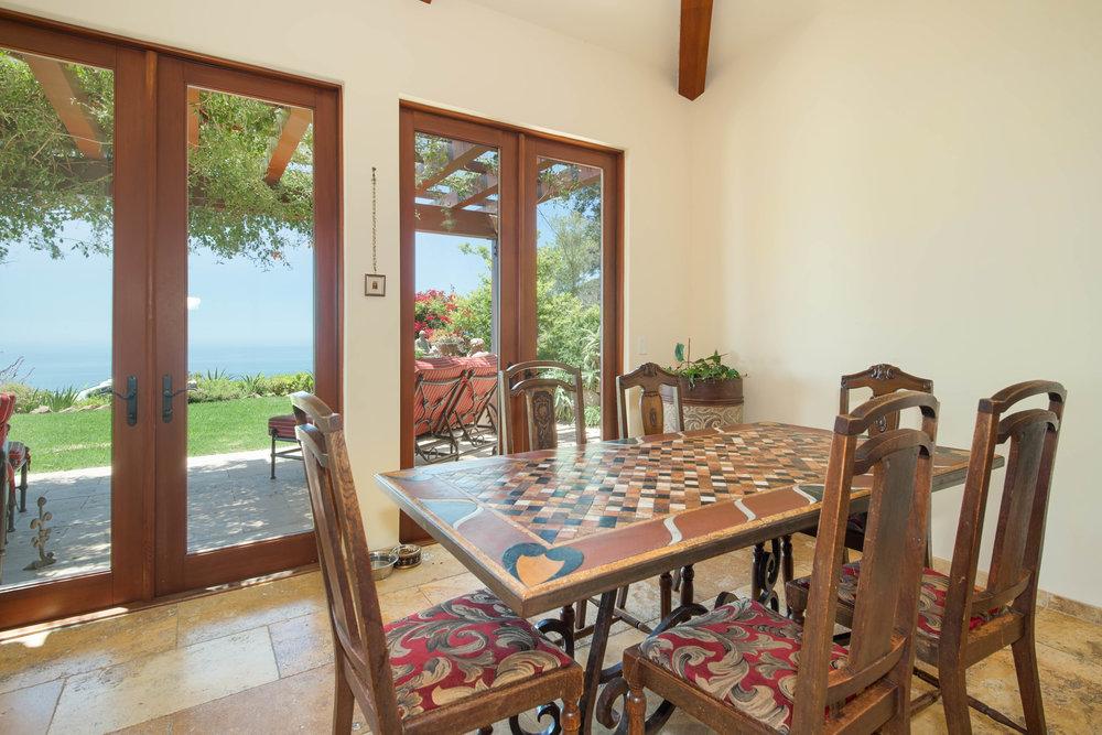 010 Kitchen 26303 Lockwood Road Malibu For Sale Lease The Malibu Life Team Luxury Real Estate.jpg