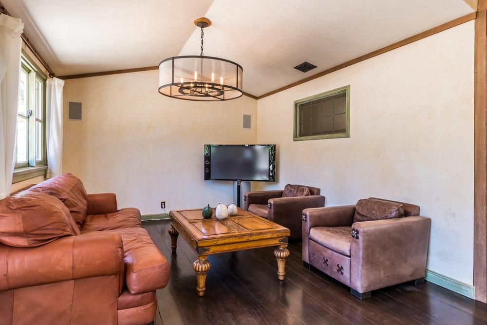 005.4 Family Room-5957 Cavalleri Rd Rustic Ranch.jpg
