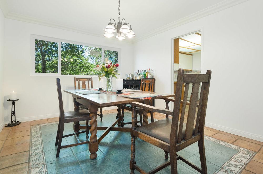003 Dining Room 15072 Rayneta Sherman Oaks For Sale The Malibu Life Team Luxury Real Estate.jpg