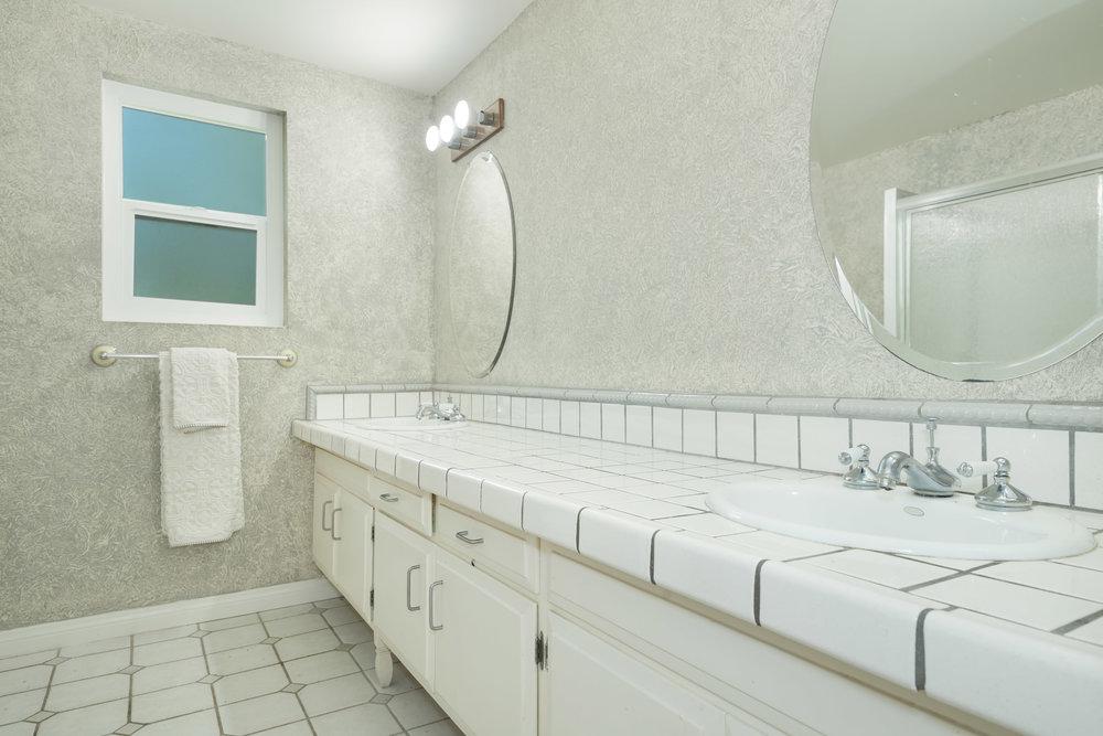 012 Bathroom 15072 Rayneta Sherman Oaks For Sale The Malibu Life Team Luxury Real Estate.jpg