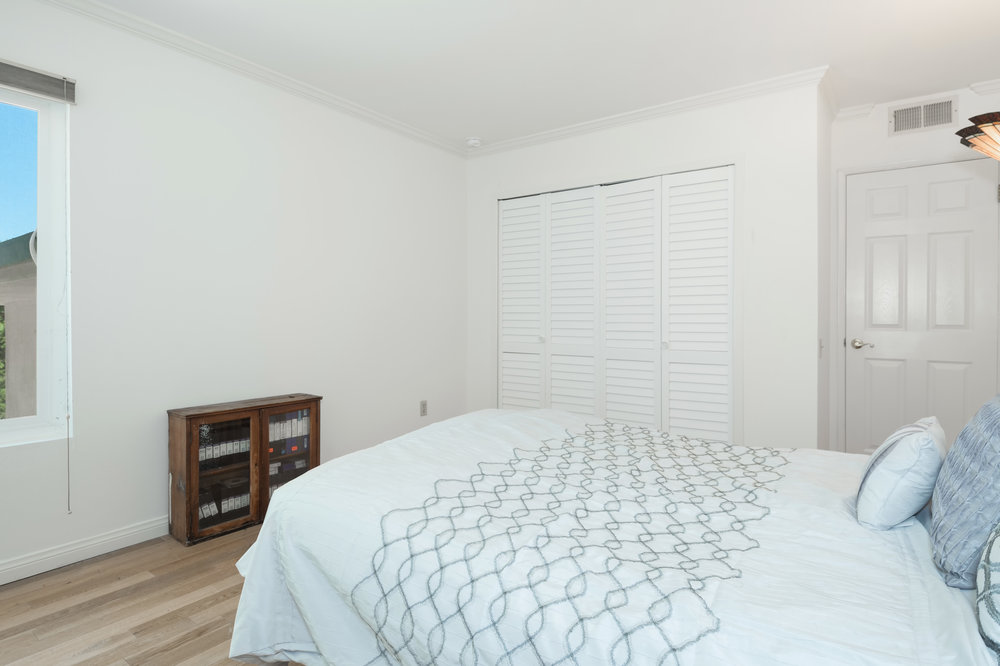 013 Bedroom 15072 Rayneta Sherman Oaks For Sale The Malibu Life Team Luxury Real Estate.jpg